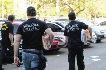Policiais lucraram mais de R$ 1 milhão com extorsão e roubo de pasta base de cocaína