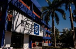 Governo abre 70 vagas de emprego temporário com salário de até R$ 8.000