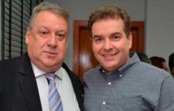 Romoaldo sai das disputas eleitorais, mas alça o irmão à carreira política