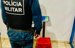 Tráfico internacional: Jovem é preso Dourados MS com mais de 16 quilos de maconha em ônibus tinha como destino Alta Floresta