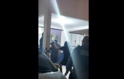 Revoltada, irmã bate em adolescente após ele ser apreendido suspeito de espancar e assaltar motorista de app em MT
