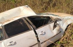 Motorista perde controle e capota veículo em vicinal de Alta Floresta
