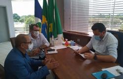 Vereador Adelson mobiliza prefeitos e vereadores da região para reforçar a cobrança por perito previdenciário no INSS