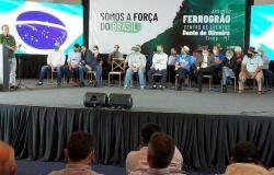 Vereadores de Alta Floresta participam, em Sinop, de evento que debateu a implantação da Ferrogrão