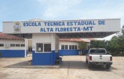 Escola Técnica de Alta Floresta e de mais 8 municípios realizam aula inaugural do curso Técnico em Agropecuária