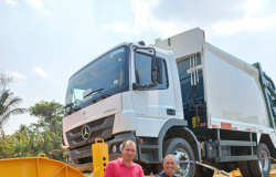 Prefeitura de Nova Bandeirantes adquire prancha para transporte de máquinas