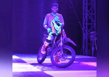 """""""Foi um susto"""", diz artista de circo que desmaiou após acidente em globo da morte em Cuiabá"""