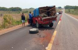 Caminhonete com placas de Nova Bandeirantes se envolve em acidente com carreta na MT-320