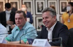 Após negar aumento de imposto de gás, energia elétrica e gasolina Governador de MT anuncia redução do ICMS para 2022