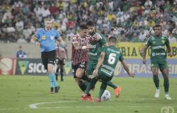 Com entrada tumultuada, Cuiabá empata com São Paulo