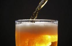 Homem é esfaqueado após reclamar do preço da cerveja em bar de MT
